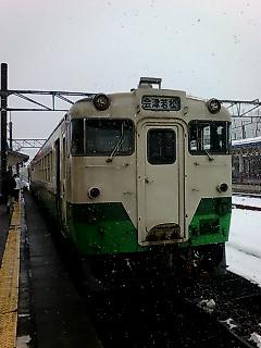 超豪雪地帯を行く、超ローカル線
